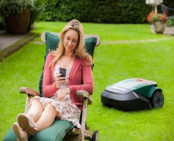 Best Robotic Lawn Mower Reviews