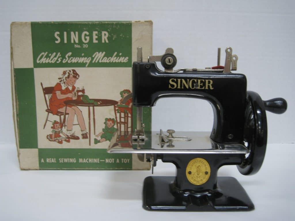 Vintage Singer Sewing Machine Tool Helps