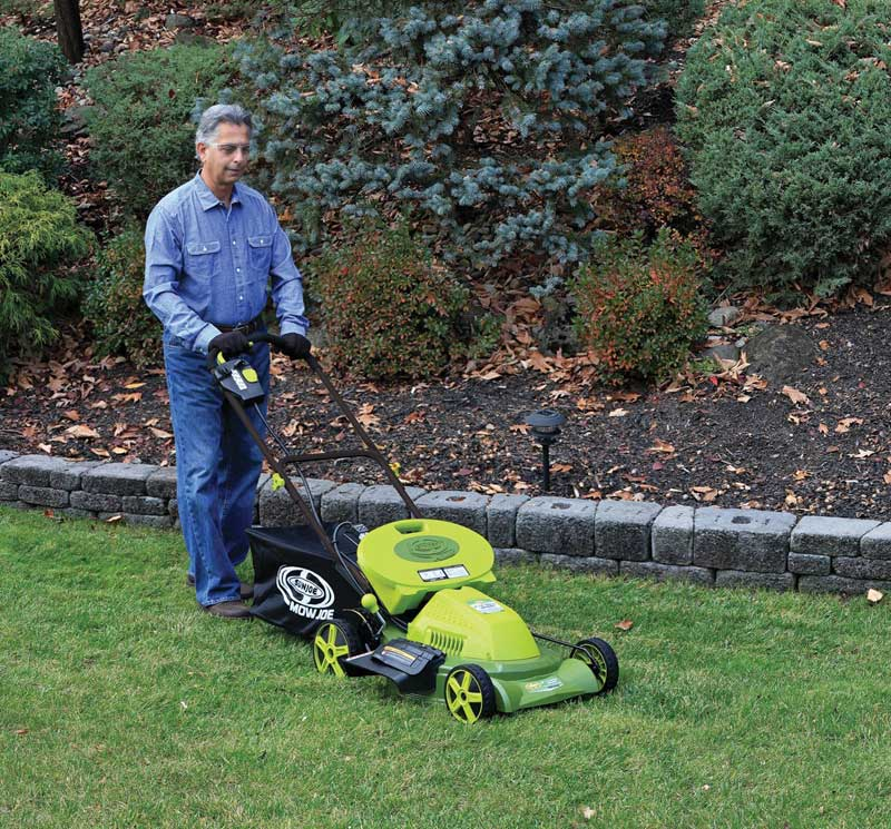 Best Mulching Lawn Mower Reviews