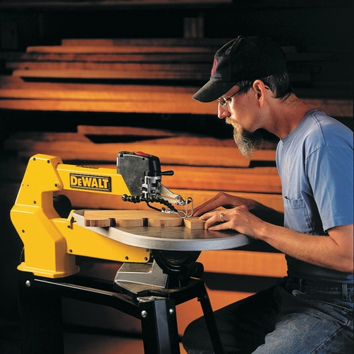 DEWALT DW788 Variable-Speed Scroll Saw Review